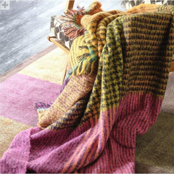 A12)Katan Fuchsia